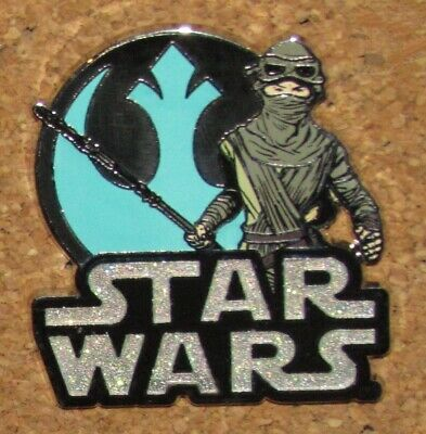 D33  Pin Disney Star Wars Rare Movie    Free Ship On Add Pins