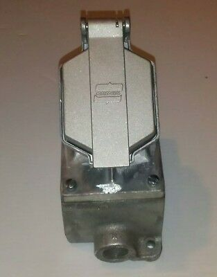"Eaton/Crouse-Hinds Cps152 201, 3/4"" Delayed Action Receptacle, New, Free Ship"