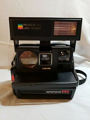 Polaroid 600 Land Camera Autofocus 660 With Case