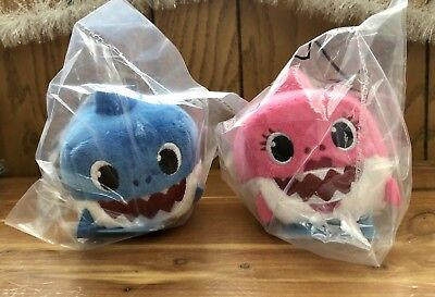 WowWee Pinkfong Baby DADDY & MOMMY Shark Cube  DUO English