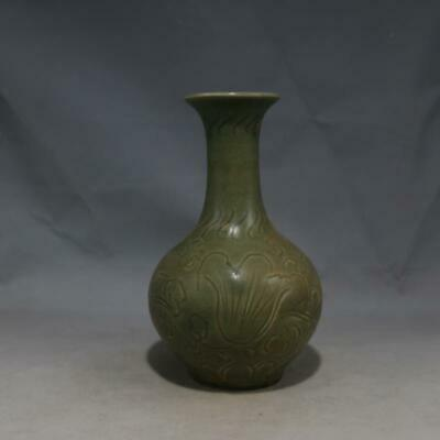 Chinese Old Yaozhou Kiln Celadon Glaze Carved Flower Porcelain Vase