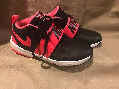 timeless design f6b33 89a30 Nike Team Hustle D8 (GS) Size 7Y Black Racer Pink 881941 002 Boys