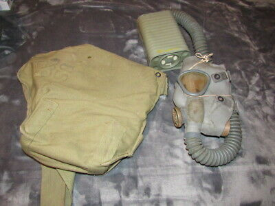 Original WWII US GI Army Service Gas Mask 1942 Dated with Khaki Canvas Bag