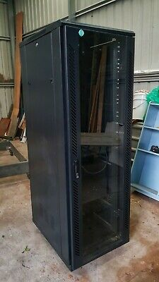 Large PC Server Rack - Station - as New, with power + fans + wheels