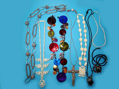 FABULOUS LOT OF 8 pcs VINTAGE NECKLACES, BROAD VARIETY!!!