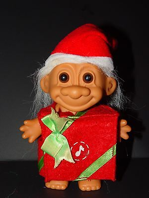 """Troll Doll 4 1/2"""" Russ Christmas Red Package"""