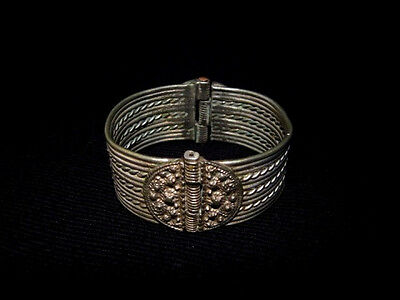 MAGNIFICENT 1800 – 1900s. ANTIQUE SILVER BRACELET IN TWO MOVABLE PARTS!!!
