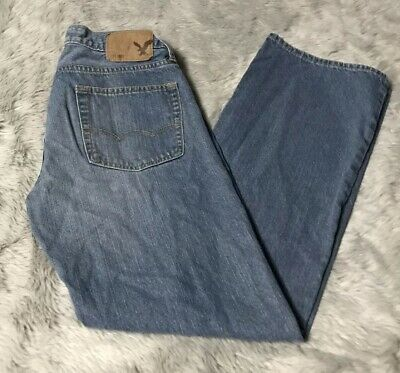 559fddf8d20 American Eagle Outfitters AEO Medium Wash Original Boot Cut Jeans Mens 30W  32L