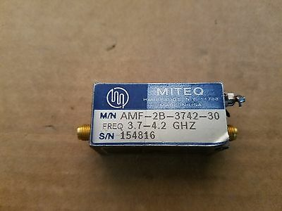 Miteq M/N Amf 2b 3742 30 3.7-4.2ghz RF Micro-Ondes Amplificateur Sma (F) + 15 V