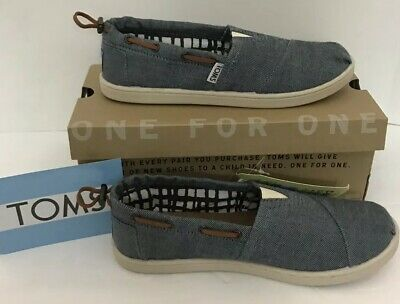 9cf99da2bcf TOMS Youth Kids Bimini Chambray - Youth Size 4- New in Box Style 012085C131