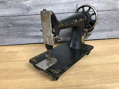 1917 Singer 99k Hand Crank Sewing Machine Unit only, Serial F-7666537