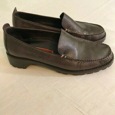 f59cb24d560 Cole Haan Country womens shoes size 9B brown leather rugged sole loafers