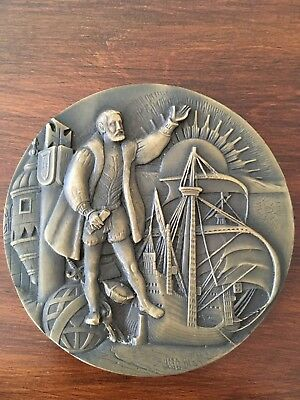 Beautiful rare antique bronze medal Made by Vasco Berardo