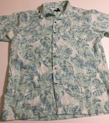 a404f4ff897 Van Heusen Men s Short Sleeve Tropical Hawaiian Camp Shirt Size XL 17-17.5