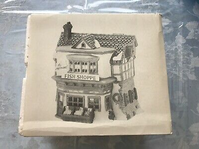 Dept 56 Dickens Village Series The Mermaid Fish Shoppe Lighted RETIRED 5926-9