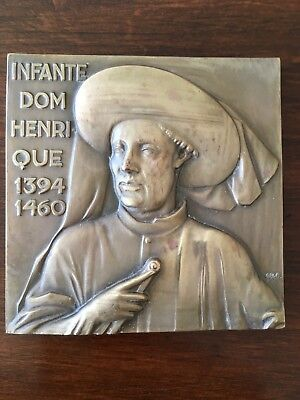Beautiful and rare antique bronze medal of Infante Dom Henrique