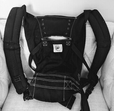 768d6633983 ERGO BABY CARRIER Black Sport Great Condition -  11.50