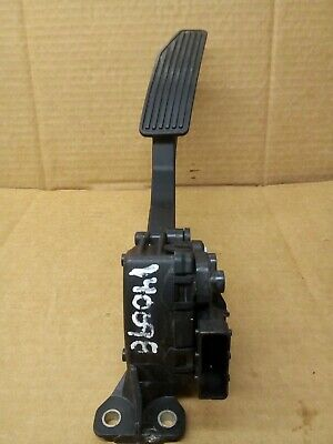 For 2010-2012 GMC Canyon Accelerator Pedal Kit Hella 93622PV 2011