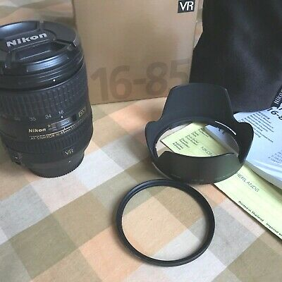 Nikon AF-S DX NIKKOR 16-85mm f/3.5-5.6G ED VR Lens - Very Good condition