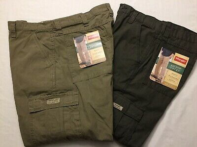 0ca49821c6 NWT MEN'S Wrangler Cargo Relaxed Fit Rip-Stop 70L3WOD 70L3WML 1 TECH Pocket  Pant