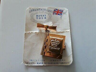 1954 Royal Tour souvenir. Pin Locket album with fold out pictures.