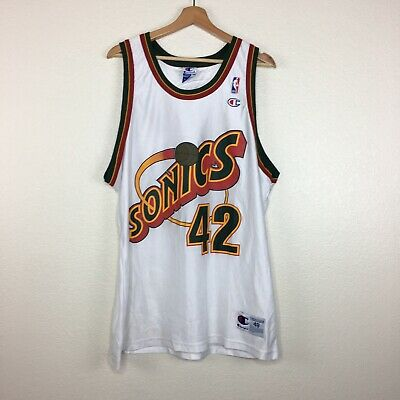 e706bbb62a44 Vintage Champion Seattle Sonics Red Supersonics Vin Baker  42 Jersey Size 48