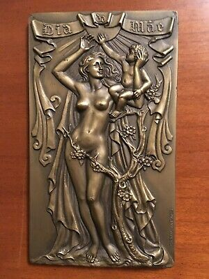 Beautiful and rare antique bronze medal celebrating mother´s day