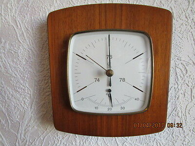 Altes Barometer, Thermometer in Echtholz, Fabr. Lufft. Front Nußbaum hell.