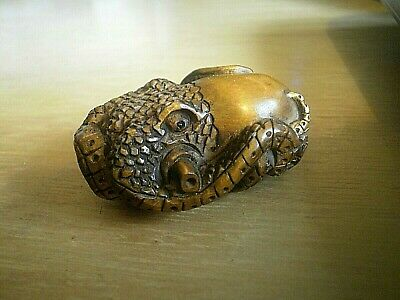 Hand Carved wood netsuke Octopus laying in wait collectable boxwood figurine  .3