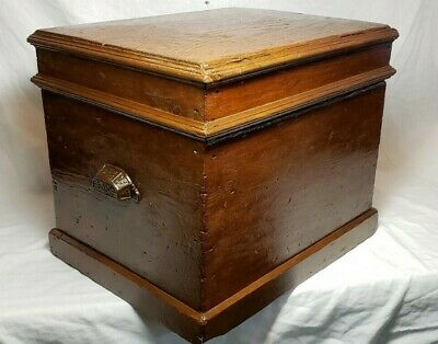 Very Old Beautiful Antique Primitive Wood Trunk Chest Bible Carpenter Box !!!