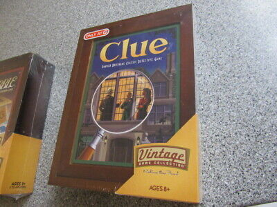 CLUE Game - Vintage Game Collection - Wooden Bookshelf Wood Box 2009 Sealed NEW