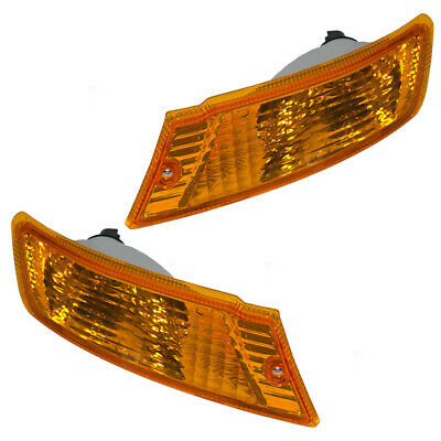 05-07 Jeep Liberty Set of Front Park Signal Marker Lights 55156767AE 55156766AE