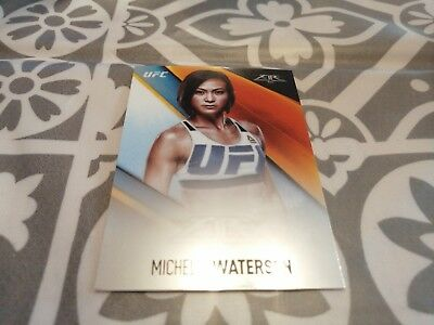 Michelle Waterson Topps UFC Trading Card 2017 Chrome Fire