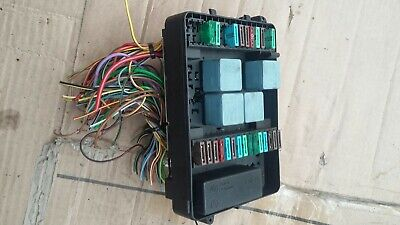 bmw e30 fuse box and complete body loom wiring harness facelift 325i bmw e30 fuse box no lid fuses original part as pictured fuses