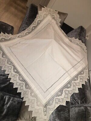 Stunning Antique Linen Lace Hand Crochet Table Cloth Vintage Weddings Tea Party