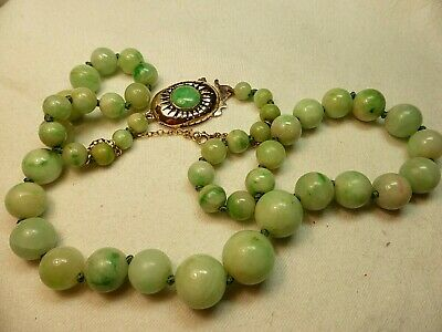Vintage Chinese Natural Apple Jadeite Beads Necklace Undyed 9Ct Gold Clasp