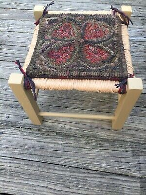 Hand Made Primitive Style Hooked Rug Red Hearts on Wood Stool Woven Top NICE!