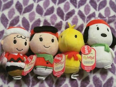 6d833d21cb2a5 4 Pc Hallmark Itty Bittys Charlie Brown Lucy Snoopy Woodstock Christmas  2017 Nwt