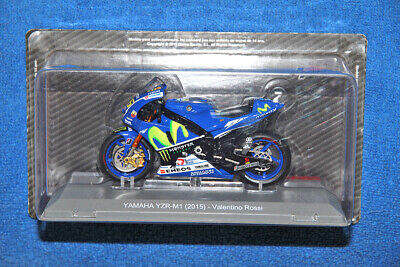 Yamaha Yzr-M1 Model 1:18 - Valentino Rossi - Moto Gp 2015 - (Offical Product)