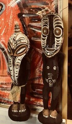 2 Rare Papua New Guinea Sepik Carved Wooden Painted Tribal Art Figures