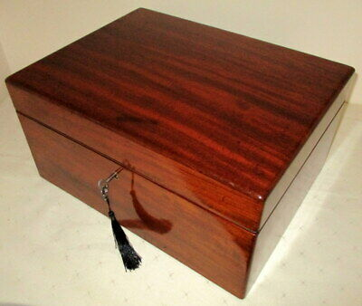 SUPERB QUALITY GOOD SIZE (15 inches wide) VICTORIAN SOLID MAHOGANY BOX with key