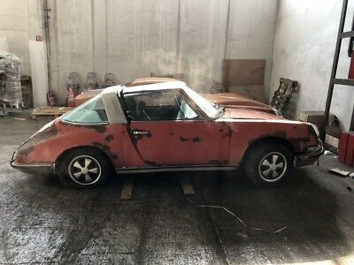 Porsches 911 1972 911 Targa EU located all tax paid for restoration or parts!,,