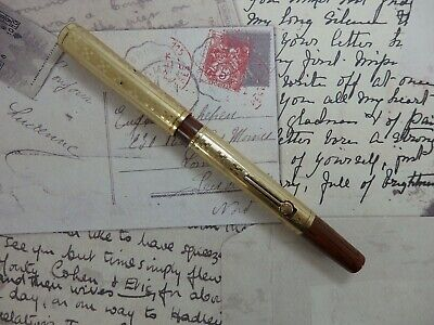"Stylo plume WATERMAN 52 1/2 - Décor ""D"" plaqué or - Plume Or 14 K (fountain pen)"