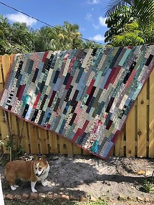"""Vintage Handmade Hand Sewn Rectangle 1950's Quilt 82"""" x 87"""""""