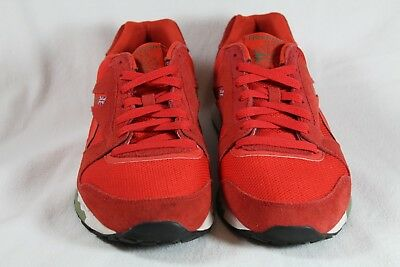 79abc54c209 Reebok GL 6000 Size 10 Red Pre-Owned Great Condition V51861