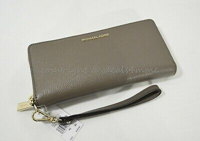 a09682f0d892 NWT Michael Kors Money Pieces Travel Continental Pebbled Leather Wallet  Wristlet