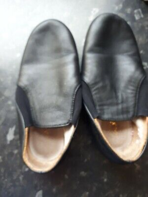 LEATHER GIRLS  DANCE SHOES size 12.5 BLACK