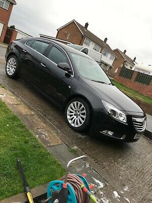 VAUXHALL INSIGNIA top spec with leather and sat nav