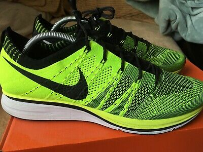ee6cc70184e6 2012 NIKE FLYKNIT Racer Mens Size 11.5 Volt Green Trainer -  64.99 ...