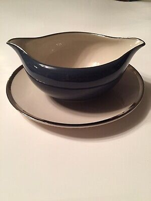 Gorham China Contessa Black And Platinum Gravy Boat With Attached Underplate